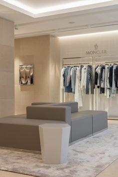 STIVALI | Fashion Store | Cristina Jorge de Carvalho Interior Design |Commercial Interiors | Architecture | Luxury