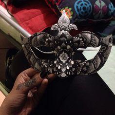 Mandala on mask Made by Mar Tattoo Mask Making, Mandala, Brooch, Crown, Tattoos, Jewelry, Fashion, Moda, Corona