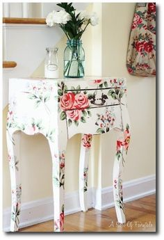 DIY Decoupage Furniture with Napkins ~ DIY Craft Project