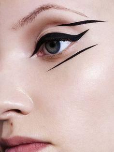 Make-Up, grafik eyeliner, make-up-inspo, makeup trends, augen make- Makeup Trends, Makeup Inspo, Makeup Art, Eye Makeup, Hair Makeup, Perfect Eyeliner, Eyeliner Looks, How To Apply Eyeliner, Winged Eyeliner