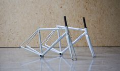 Regular or sloping geometry? Stelbel Rodano ready for their new owners and to be turned in great bicycles.