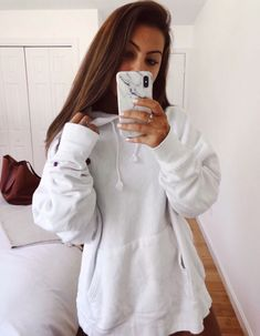 See more of freshvibezz's content on VSCO. Cute Comfy Outfits, Trendy Outfits, Fall Outfits, Summer Outfits, Fashion Outfits, Womens Fashion, Hoodie Outfit, Dress To Impress, My Style