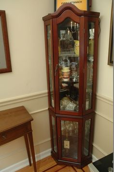 Etonnant Contemporary Corner Display Curio Cabinet Having 2 Glass Doors And  Measuring ...