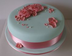 Simply Beautiful.  Turquoise and Pink Flower Cake by GrannySweet'sCakes, via Flickr