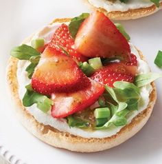 Strawberry, Goat Cheese and Arugula Sandwiches