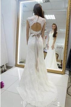 Wedding Dress With Appliques, Lace Wedding Dress, Mermaid Wedding Dress, Wedding Dresses 2018, 2018 Wedding Dress #2018WeddingDress #WeddingDresses2018 #LaceWeddingDress #MermaidWeddingDress #WeddingDressWithAppliques