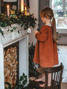 Farm House Colors, Pallet Christmas, Colour Board, Christmas Colors, Color Themes, First Night, Fur Coat, Children, Pretty