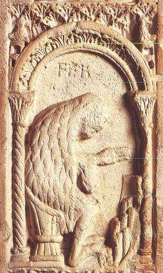 Modena ,il Duomo: la Casa di San Geminiano, il Libro di Pietra.   Capolavoro del Romanico eretto nel 1099.  Opera dell'architetto Lanfranco ...