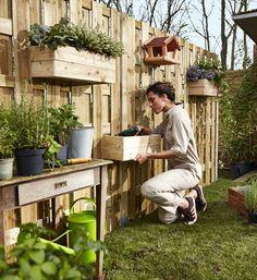 Zelf zo'n leuke plantenbak maken? #Praxis #Voordemakers #Schutting
