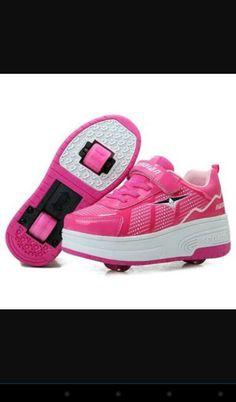 Tênis rosa de rodinhas super lindos