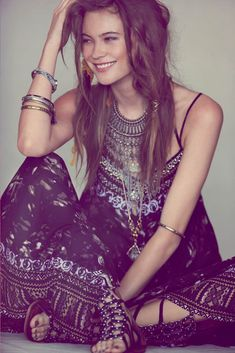 Washed Ashore – Leading model Behati Prinsloo stars in Free People's June e-catalog, 'Washed Ashore' lensed by photographer Anna Palma. The Namibian beauty is styled in a mix of bohemian-inspired warm weather looks with a washed and faded earthy color palette. The e-catalog launches on FreePeople.com begininng June 3. / Hair by Amy Farid, Makeup by Deanna Hagan
