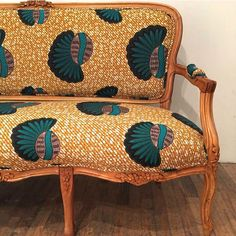 African print looks great on furniture as well as clothes! http://www.africanprintinfashion.com/2016/10/furniture-3rd-culture.html