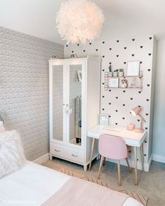 Study Room Decor, Teen Room Decor, Room Ideas Bedroom, Small Room Bedroom, Bedroom Decor, Bedroom Girls, Lights Bedroom, Hippie Bedrooms, Beauty Room Decor