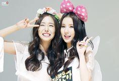 GFRIEND - SinB #신비 (Hwang EunBi #황은비) & EunHa #은하 (Jung EunBi #정은비) #2EunBi