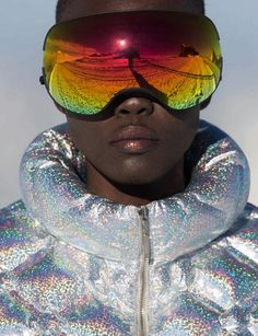 Top model Grace Bol heads out on 'Snow Patrol', styled in graphic, slopes-ready looks by Claudia Englmann . Photographer Hans Feurer is behind the lens for Vogue Germany December Hair & makeup by Sina Welke Mode Au Ski, Snow Patrol, Fotografia Macro, Vogue Spain, Contemporary Photographers, Black Models, Plein Air, Editorial Fashion, Sport Editorial