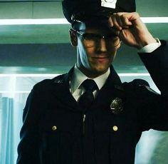 Cory Smith, Cory Michael Smith, Edward Nygma Gotham, Riddler Gotham, Gotham Cast, Gotham Girls, Handsome Guys, Cute Faces, Riddles