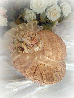 Victorian French Lace Hat by lizao Victorian Hats, Victorian Fashion, Vintage Fashion, Victorian Ladies, Shabby Chick, Tea Hats, Bijoux Art Nouveau, Fancy Hats, Pearl And Lace
