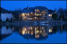 dream house/lake house