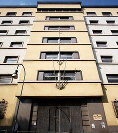 "Palazzo per uffici ""Gualino"", Gino Levi Montalcini, Giuseppe Pagano Pogatschnig. © Angelo Morelli Angelo, Torino, Basketball Court, Italy, Italia"