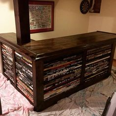 68 Trendy Ideas For Diy Room Furniture Projects Man Cave Hockey Man Cave, Sports Man Cave, Rink Hockey, Hockey Shop, Field Hockey, Hockey Teams, Hockey Stick Crafts, Hockey Sticks, Bar Furniture