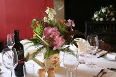 Flower Design Table Centrepieces: Colour Blue