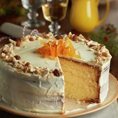 Tarta de crema de queso y turrón - Lecturas Sweet Recipes, Cake Recipes, Queen Cakes, Muffins, Decadent Cakes, Pan Dulce, Almond Cakes, Pastry Cake, Dessert Drinks
