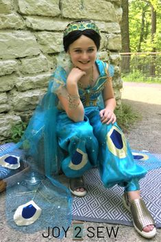 See photos of my Princess Jasmine Costume I created for my niece! Pirate Halloween Costumes, Couple Halloween Costumes For Adults, Costumes For Teens, Disney Costumes, Adult Costumes, Mermaid Costumes, Couple Costumes, Princess Jasmine Costume, Princess Costumes