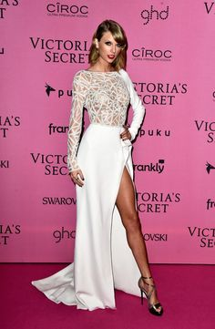 Pin for Later: The Pink Carpet Was Just as Hot as the VS Runway Taylor Swift Take two in a slit white gown.