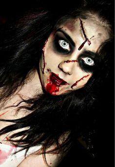 Halloween – Make-up Schminke und Co. Halloween – Make-up Schminke und Co. Maquillage Halloween Zombie, Creepy Halloween Makeup, Creepy Makeup, Amazing Halloween Makeup, Halloween Looks, Halloween Pictures, Dead Makeup, Awesome Makeup, Halloween Season