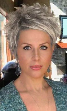 Best Picture For short grey hair shag For Your Taste You are looking for something, and it is going Funky Short Hair, Short Hair With Layers, Edgy Short Hair Cuts For Women, Color For Short Hair, Edgy Pixie Cuts, Short Wavy, Haircut For Thick Hair, Messy Pixie Haircut, Edgy Short Haircuts