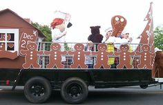 gingerbread house float christmas | gingerbread float