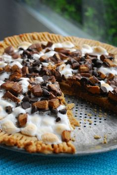 Cookie Pizza « The Domestic Rebel  Made this!!!!!  Can't wait to eat it :)