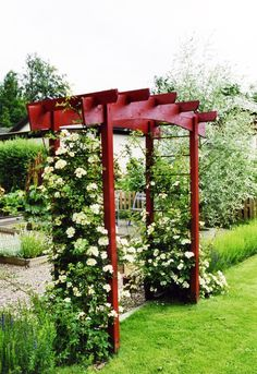 Halloween garden (With images) Metal Arbor, Wood Arbor, Small Garden Arbour, Garden Arbor, Building A Pergola, Pergola Plans, Persian Garden, Pergola Designs, Garden Design