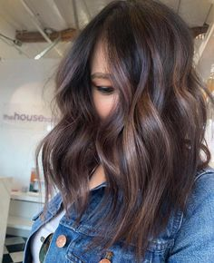 Smooth Subtle Fade - 30 Short Ombre Hair Options for Your Cropped Locks in 2019 - The Trending Hairstyle Dark Balayage, Short Balayage, Balayage Brunette, Dark Ombre Hair, Short Dark Hair, Ombre Hair Color, Locks, Chocolate Hair, Lob Haircut