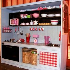 Add a fridge & you've got a play kitchen with counter space! (With boy or neutral colors for Kylen)
