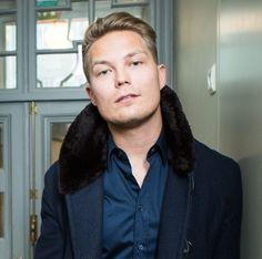 Cheek - Jare Henrik Tiihonen Alpha Omega, Celebrities, Music, Men, Artists, Drawing, Musica, Musik, Celebs