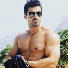 Hey guys my name is Y. Akshay Pratap and I am back with another article shows how to build perfect biceps like John Abraham Fitness Icon, Fitness Studio, Body Fitness, John Abraham Body, Force Movie, South Film, Bicep Muscle, Barbell Curl, Ripped Body