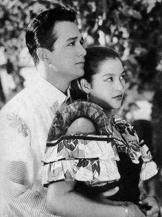 Nida Blanca & Nestor de Villa Such a cute picture of them! Philippines Outfit, Philippines Culture, Manila Philippines, Filipino Art, Filipino Culture, Sampaguita, Jose Rizal, Queen Movie, Filipino Fashion