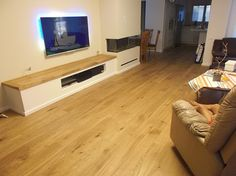 Oak parquet living room   פרקטים לסלון מעץ אלון טבעי  יורם פרקט טל: 050-9911998 http://yoramparket.wordpress.com/