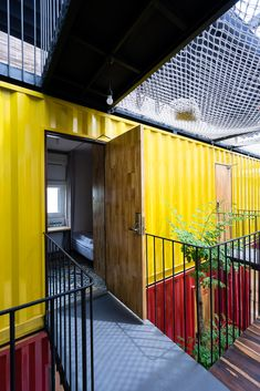 Gallery of Ccasa Hostel / TAK architects - 12
