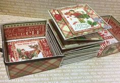 """scrap stamping and fantasy: mini album """"gift parcel"""" No tutorial--maybe recreate from photos? Has some pockets, etc. Christmas Mini Albums, Christmas Scrapbook, Christmas Minis, Graphic 45, Mini Albums Scrap, Mini Album Tutorial, Mini Scrapbook Albums, Handmade Books, Bookbinding"""