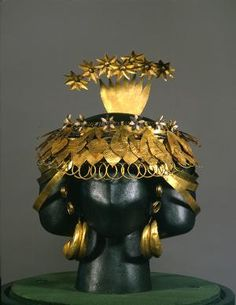 Gold Headdress. Third Millennium BCE. Ur, Iraq. (There is, of course, no complete consensus on how the headdress was put together when worn---see my other pin for alternate construction. rw)