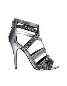 50 chaussures pour les fêtes | Femina  http://www.femina.ch/mode/shopping/50-chaussures-pour-les-fetes