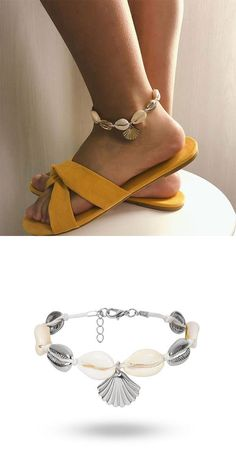 Cute Beach Footwear Ethnic Shell Alloy Handmade Woven Scallop Anklet #anklet #shell Cute Bracelets, Fashion Bracelets, Fashion Earrings, Fashion Jewelry, Summer Accessories, Fashion Accessories, Jewelry Accessories, Anklet Designs, Necklace Online