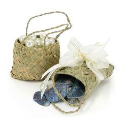 Nat Woven Kit Bag Extra Small 7Wx7Hcm Pk/10 #Floral #Kit Bag #Bags #Kiwiana #Oceans Floral New Zealand Flax, Kiwiana, Floral Supplies, Gift Packaging, Wicker, Weaving, Kit, Bags, Creative