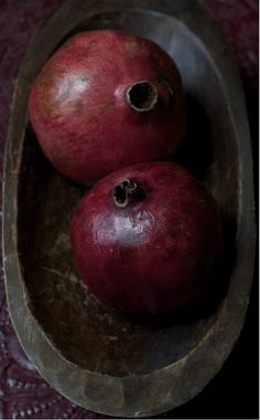 There are many colours that I adore, but this one–of the pomegranate–is my very favourite.