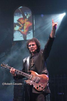 Tony Iommi.........