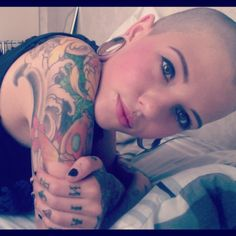 Shaved head - still gorgeous. :D