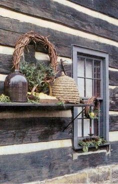 beeskep outside yard décor grapevine wreath glass cloche wooden shelf Prim Decor, Country Decor, Rustic Decor, Farmhouse Decor, Country Homes, Primitive Decor, Log Cabin Homes, Log Cabins, Bee Skep