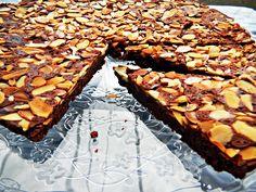 Upside Sown Fudge Almond Tart by cherryonmysundae.blogspot.com. Recipe by cookinglight #Fudge_Almond_Tart #cherryonmysundae #cookinglight